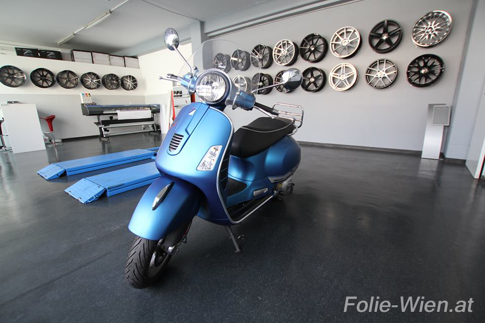 motorrad folieren lassen motorradfolierung wien vespa folieren folie wien. Black Bedroom Furniture Sets. Home Design Ideas